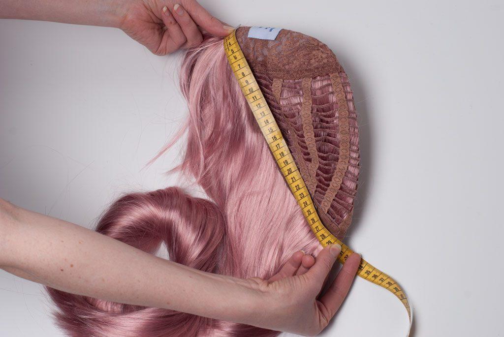 measuring a wig
