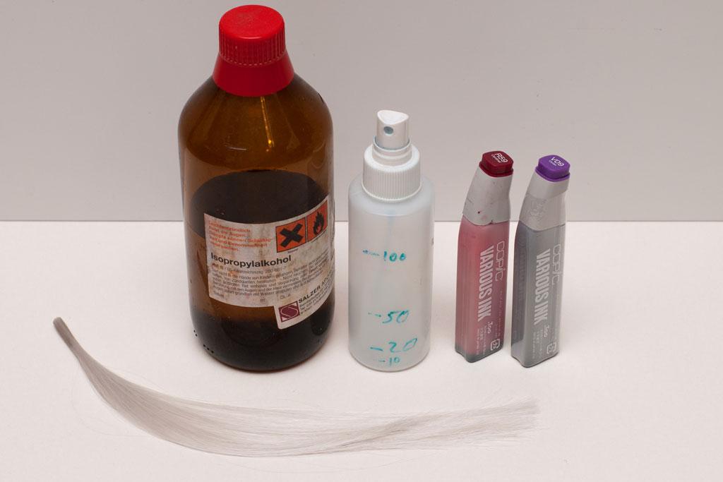 Ingredientes del tinte para pelucas de plástico