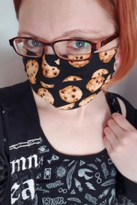 Kukkii with cookie face mask